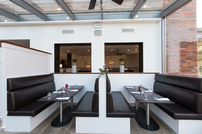 DORMERO Hotel Altes Kaufhaus RedGrill Sonderbar01