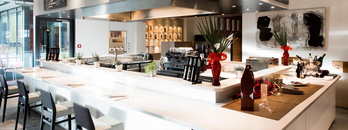 dormero hotel hannover modern rooms in city centre. Black Bedroom Furniture Sets. Home Design Ideas