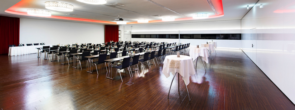 conference rooms in the fair city dormero hotel hannover. Black Bedroom Furniture Sets. Home Design Ideas
